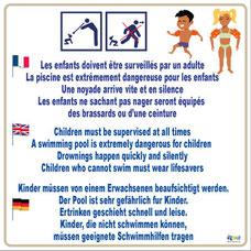 Panneau en 3 langues avec pictogramme surveiller les enfants et avec dessin de 2 enfants avec des brassard.