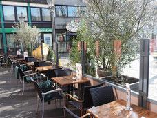 Windschutzanlage für die Gastronomie Terrasse