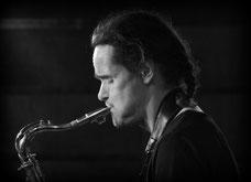 Als Tenorsaxophonist im Duo mit Tarik Dosdogru