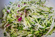 Veganer Rettich-Gurken-Salat