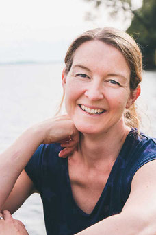 Denise Schanz, Kursleiterin EMM-Tech Selbsthilfekurs, Physiotherapeutin, Bouquet Körpertherapien Boniswil
