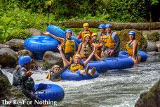Tour de un dia combinando Canopy Tour y tubing rio