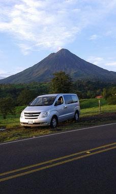 Transporte Colectivo o Privado - La Fortuna Volcán Arenal