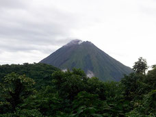 Cerro Chato desde Arenal Observatory Lodge