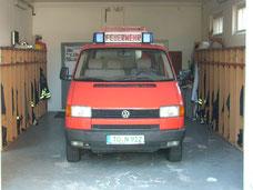 Mehrzweckfahrzeug VW T4 lang wurde in Eigenleistung aufgebaut und ist Baujahr 1992