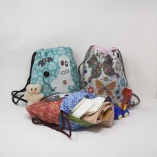 Mi primera mochila de tela para la guardería es de Mariposa Pititico. Regalo de nacimiento.
