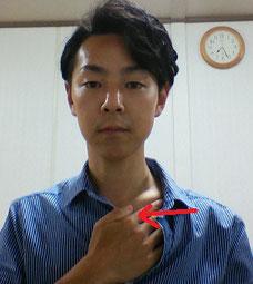 肩コリで腫れたリンパの流し方