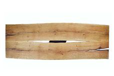 Tischplatte-aus-Eiche-mit-Epoxidharz-im-Esszimmer