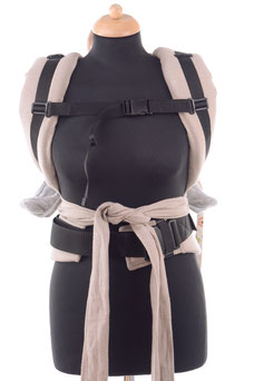 Adjsutable Half Buckle baby carrier by Huckepack