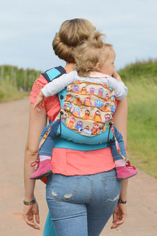 Huckepack wrapcon with owls, ergonomic baby carriers
