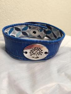 accessoires en cuir de carpe des Dombes Sylvie Berry Couture, création sur mesure