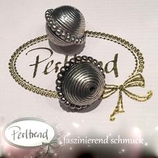 www.perltrend.com Perlen Silberfarben verziert silber