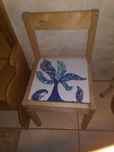 Blätterbaum- Upcycle-Stuhl DhyanArt