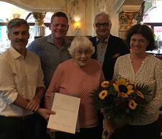 Vorstand des Fördervereins mit neuem Ehrenmitglied, v.l. Ralf Maier, Dr. Ulrich Brömmling (Vorsitzender), Johanna Schmidt, Hans-Michael Carl, Ruth Hellmann