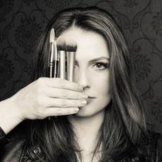 Arijeta Mulliqi/Make-Up Artist