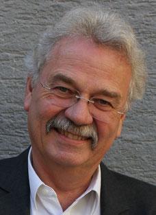 Dr. Helmut Schwarz