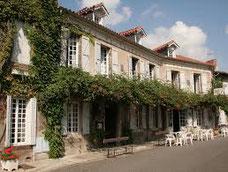 Hôtel du Comminges à Saint Bertrand de Comminges, site antique et médiéval en Haute-Garonne, région Occitanie Pyrénées Mediterranée