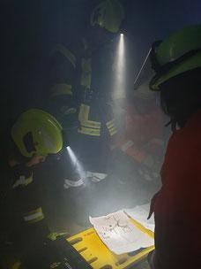 Monatsdienst September 2019. Ausbildung der Theorie zur Nutzung des Leiterhebels unter erschwerten Bedingungen in Nebel und Dämmerung.