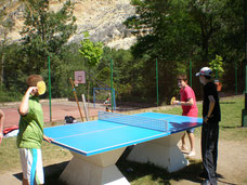 Pintas de deporte, pin-pong, Centro de Aventura de Sobrón