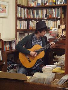 中藤孝二さん ギター演奏