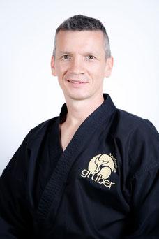 Herbert Gruber - Karateschule Gruber