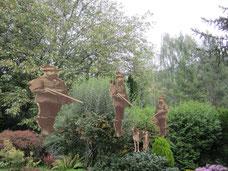 Archetypisch in der europäischen Erzählkultur ist das sagenhafte Leben im Wald