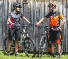 e-Mountainbike Zubehör kaufen in der e-motion e-Bike Welt Bern