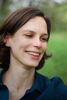"""Die Autorin von """"Lebensmitteleinkauf Alternativ"""": Julia Icking. Bild: Peter Wollschläger."""