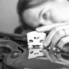 Geigenbau: Steg anpassen