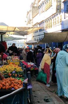 モロッコ青い街シャウエンの市場の様子/モロッコ生活を体験したい方へMika