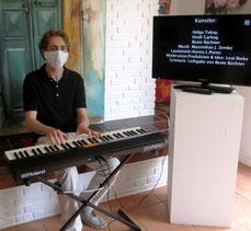 Livemusik Corona Vernissage Kunst Kultur Musik Veranstaltung Klavier Maske