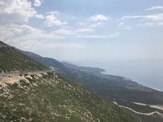 Llogona Pass