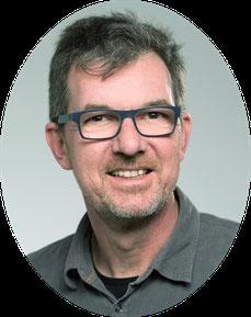 Andreas Fischer - Dein Trainer für Relax Faszien Yoga & Core Energetics - Yoga-Lehrer seit 1984 & Core Energetics Körpertherapeut