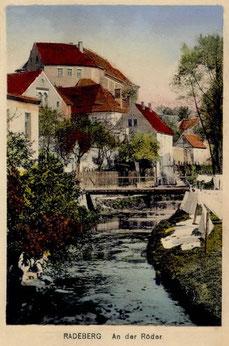 Der Trocken-und Bleichplatz Wasserstraße / Schloss Radeberg (alte AK, um 1910)
