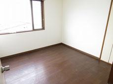 2階洋室(西側)
