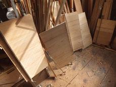 天板、棚板の割れ、汚れが強いため作り直しました。