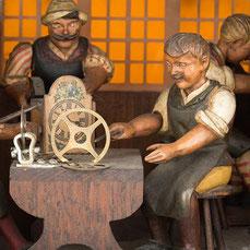 Gordian Hettich Sohn, Uhrmacherwerkstatt 1913