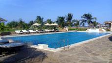 Tembo Court - Restaurant Pool