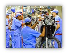 Cadena de montaje de motocicletas