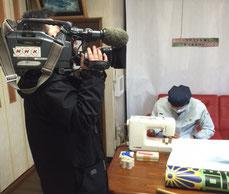 NHKの取材を受ける様子