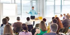 La formatin sécurité au travail électrochoc comportemental touche tous les salariés de l'établissement, des collaborateurs de terrain jusqu'aux cadres dirigeants.