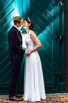 Kate & Sven beim Shooting in Amelinghausen - Hochzeitsfoto FOTOFECHNER