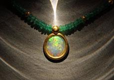 echte Edelsteinkette mit Opal in Feingold gefasst