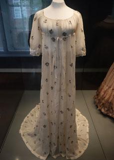 Kleid des frühen 19. Jahrhunderts, St. Annen-Museum Lübeck. Foto: Nina Möller