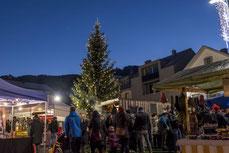 Schnapsmarkt Ilanz Obersaxen Mundaun Lumnezia