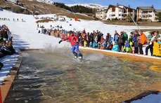 Waterslide Contest Skigebiet Obersaxen Mundaun Lumnezia