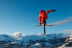 Snowvolleyball Sasolas Skigebiet Obersaxen Mundaun Lumnezia
