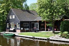 Te huur 6 persoons vakantiehuis met Wifi in Giethoorn op super locatie