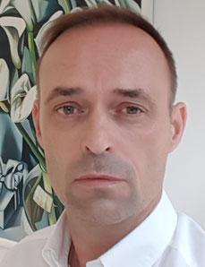 Dr. Gregor Huschek