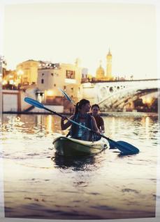 Visita guiada especial de Sevilla, Visita guiada privada de Sevilla, que ver en Sevilla, experiencias originales en Sevilla, que hacer en Sevilla, kayak en Sevilla, historia del Guadalquivir, actividades al aire libre en Sevilla,
